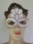 Máscara Lantejoula com coroa